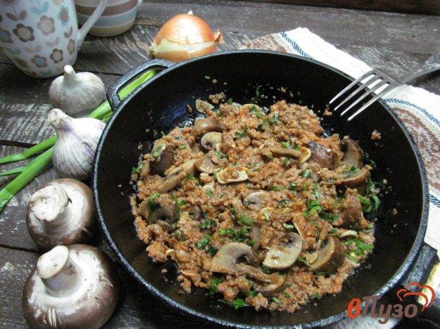 фото рецепта: Слампи - мясной фарш с грибами в соусе