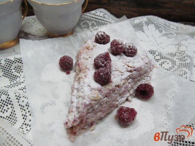 фото рецепта: Пирожные со сливочным кремом и ягодами