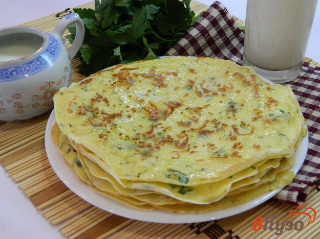 фото рецепта: Блинчики с моцареллой и зеленью