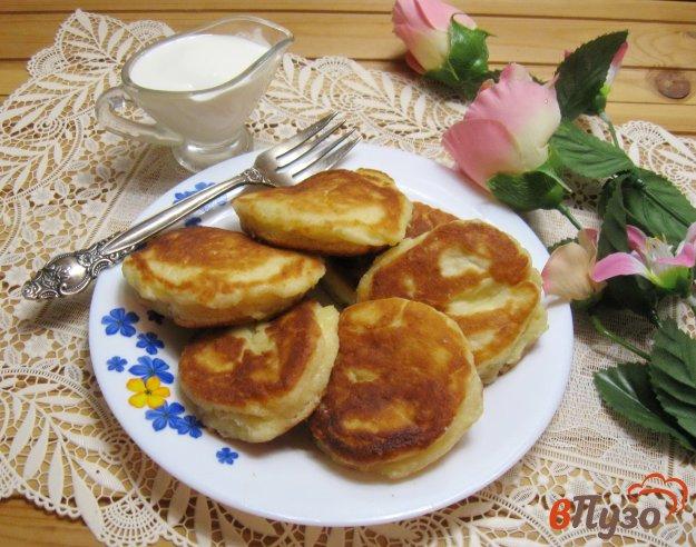 фото рецепта: Пышные сырники с кефиром