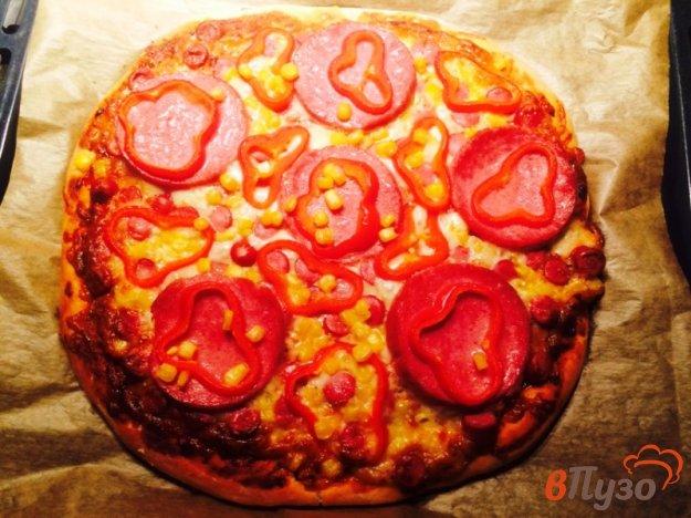 фото рецепта: Пицца с охотничьими колбасками и салями