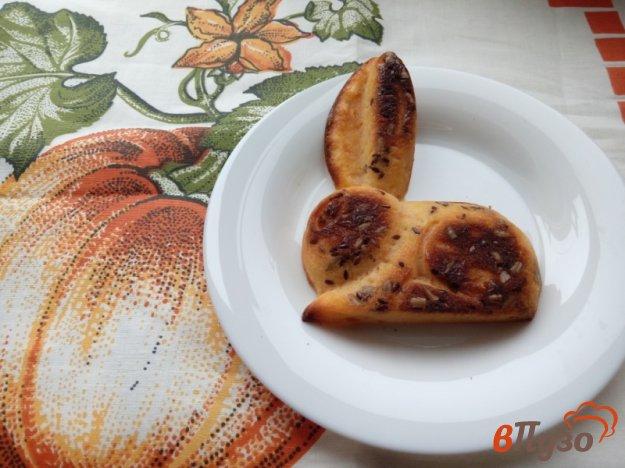 фото рецепта: Тыквенные кексы «Зайчики»