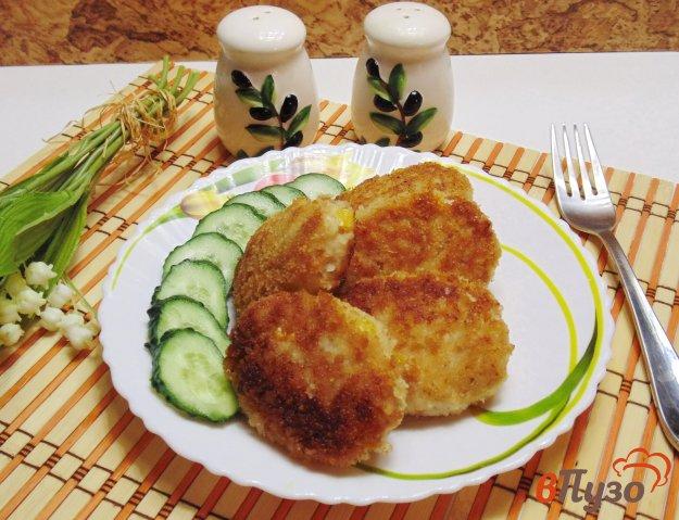фото рецепта: Котлеты из курицы и свинины с кукурузой