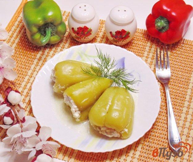 фото рецепта: Перец, фаршированный мясом и рисом в сметане