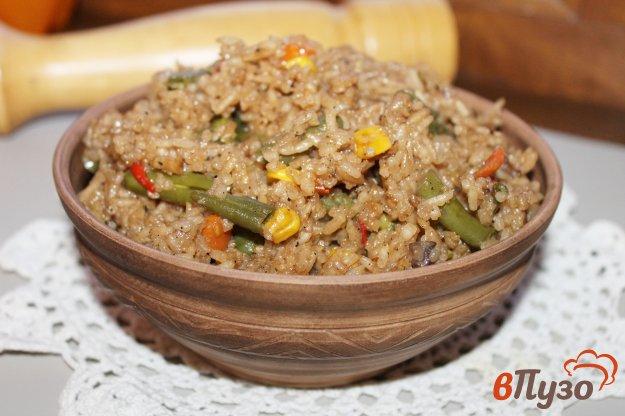 фото рецепта: Рис в мультиварке с овощами и соевым соусом
