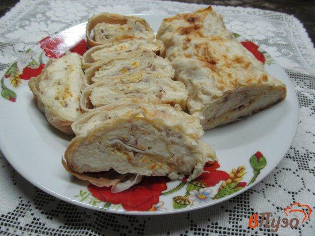 фото рецепта: Ленивый пирог с творогом и орехами в лаваше