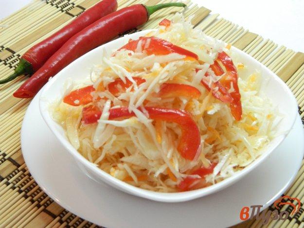 фото рецепта: Маринованная капуста со сладким перцем