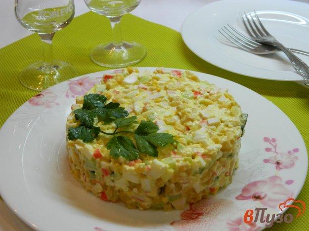 фото рецепта: Крабовый салат с плавленным сыром