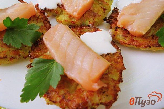 фото рецепта: Картофельные тарталетки с сёмгой