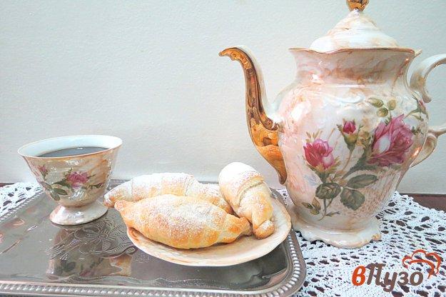 фото рецепта: Слоёные рогалики с повидлом