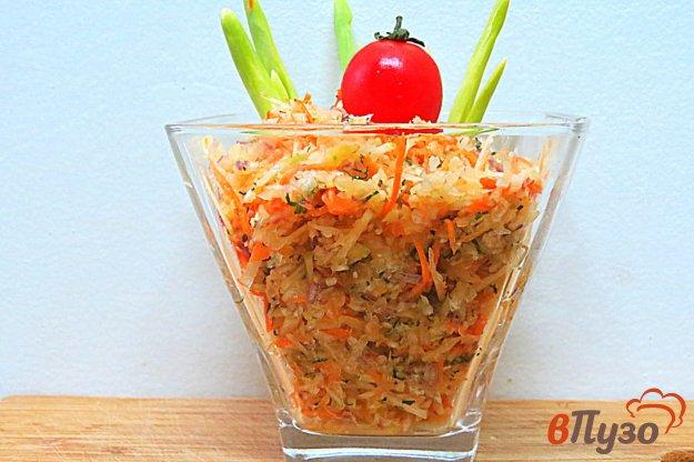 фото рецепта: Салат из капусты, моркови и яблок