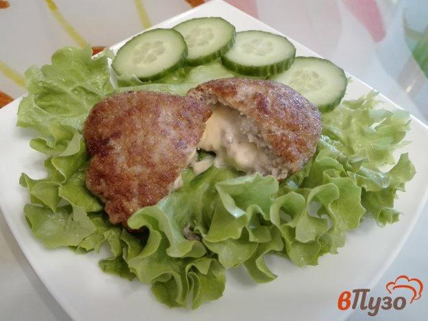 фото рецепта: Котлеты с сырной начинкой