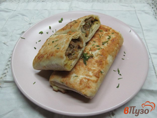 фото рецепта: Пирожки с мясной начинкой в лаваше