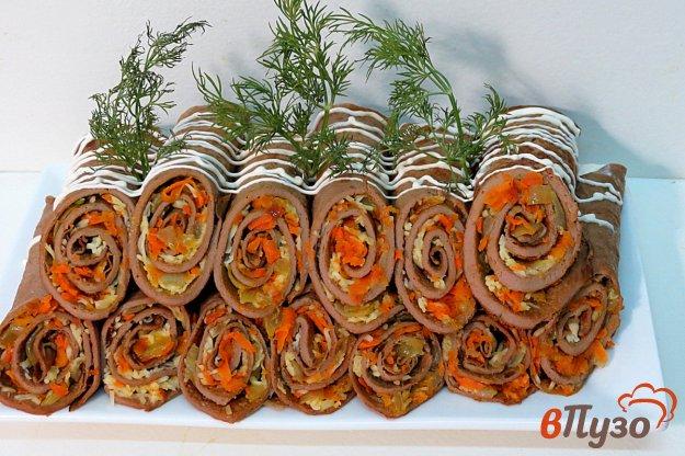 фото рецепта: Печёночные рулетики с моцареллой