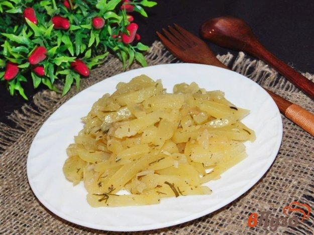 фото рецепта: Картофель, тушеный с луком