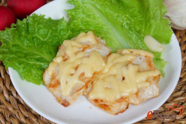 фото рецепта: Отбивные из курицы с тертым сыром