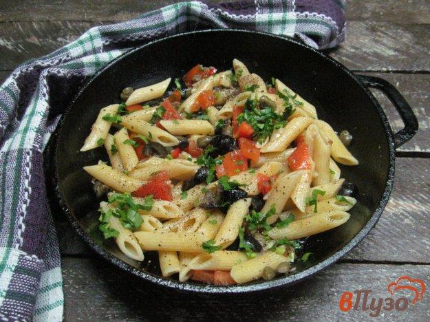 фото рецепта: Паста с томатами анчоусами и чили