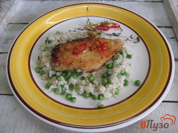 фото рецепта: Куриное филе фаршированное маринованным луком и перцем с горошком