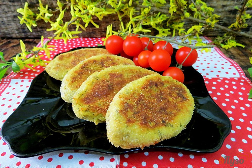 Фото приготовление рецепта: Картофельные зразы в духовке шаг №13