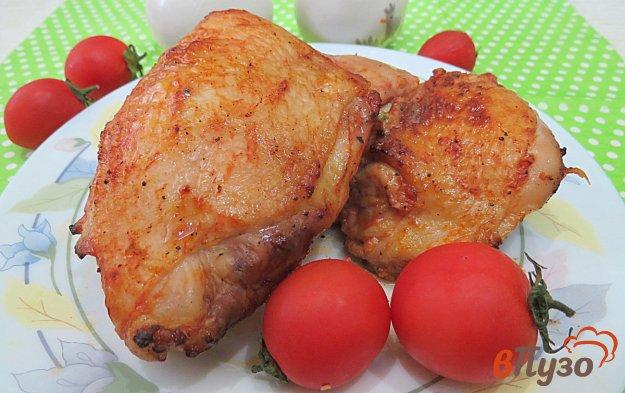 фото рецепта: Куриные бёдра на сковороде гриль-газ