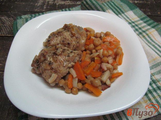 фото рецепта: Тушеная курица с турецким горохом
