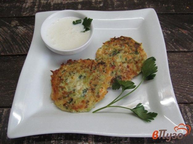 фото рецепта: Котлеты из кабачка с сыром фета