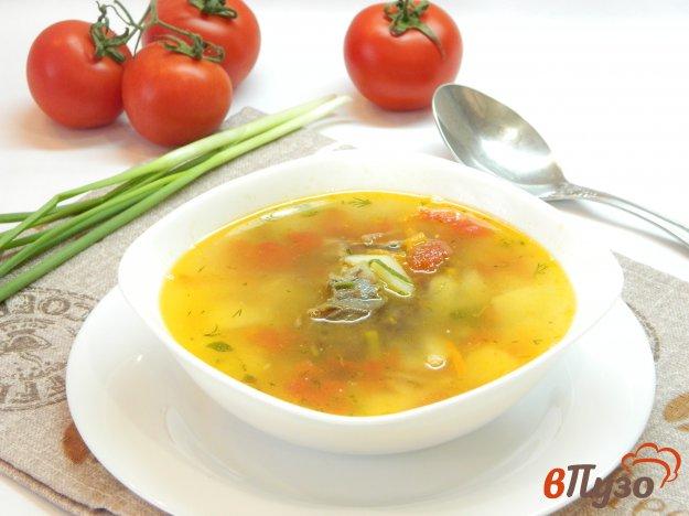 фото рецепта: Картофельный суп с домашней тушенкой и помидорами