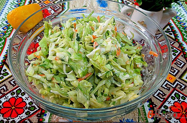 фото рецепта: Салат из молодой капусты