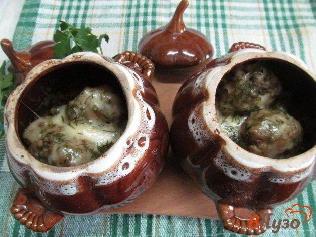 фото рецепта: Фрикадельки с картофелем в горшочках