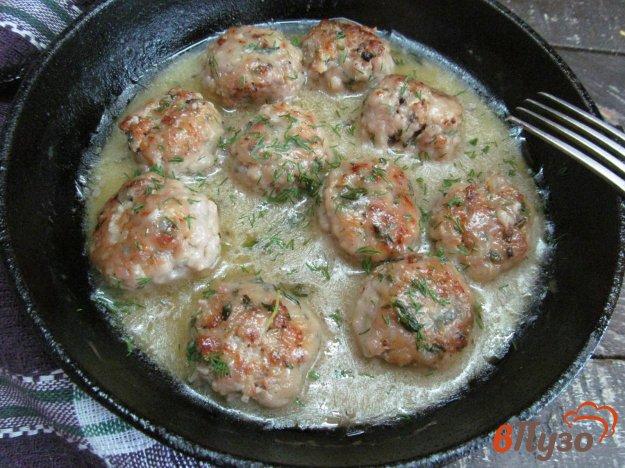 фото рецепта: Митболы в сливочном соусе
