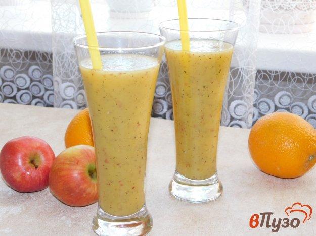 фото рецепта: Яблочно-апельсиновый смузи