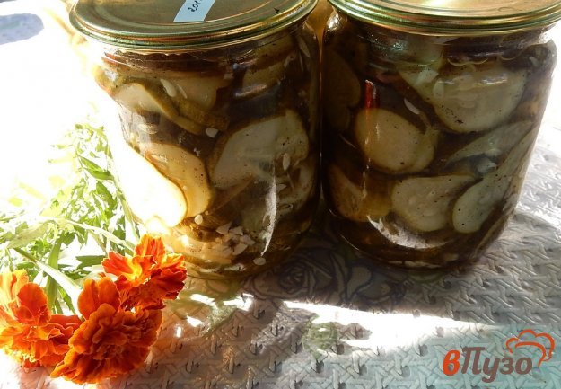 фото рецепта: Салат из огурцов с чесноком на зиму