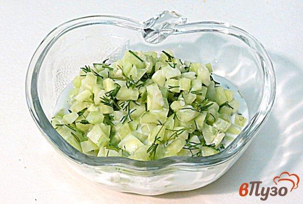 фото рецепта: Диетический салат огурец с йогуртом