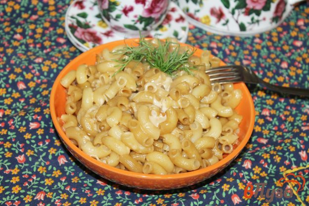 фото рецепта: Макароны с сыром в соевом соусе