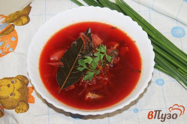 фото рецепта: Борщ со свеклой, мясом и щавелем