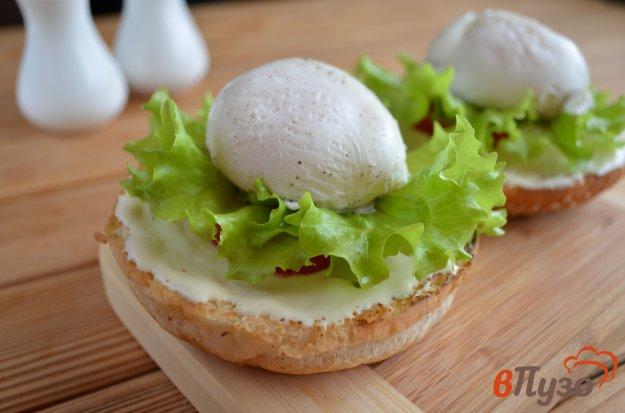 фото рецепта: Бургер с яйцом-пашот