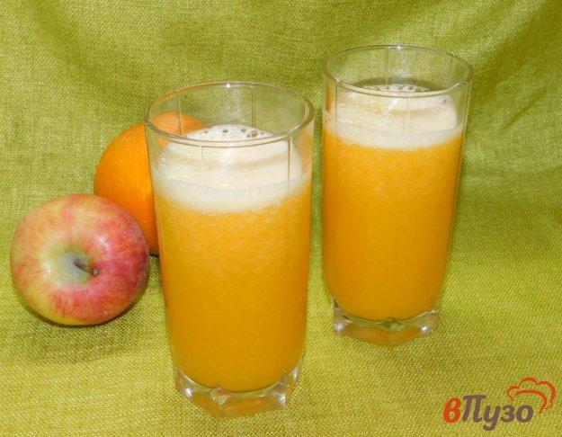 фото рецепта: Яблочно-грушевый коктейль с апельсиновым соком