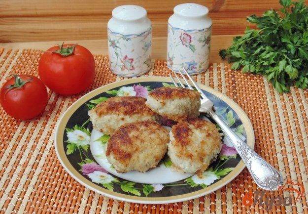 фото рецепта: Котлеты из телятины и курицы с яблоками