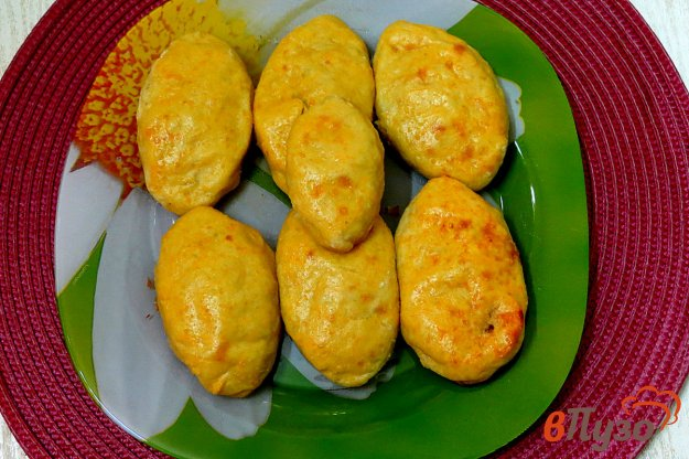 фото рецепта: Картофельные пирожки с фаршем ( в духовке)