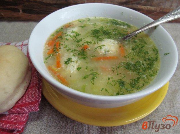 фото рецепта: Суп с картофельными клецками и молодой капусты