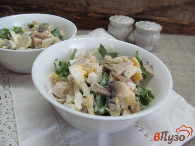 фото рецепта: Салат с бужениной грибами и сыром
