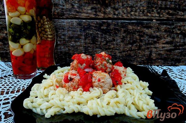 фото рецепта: Тефтели в соусе из помидор
