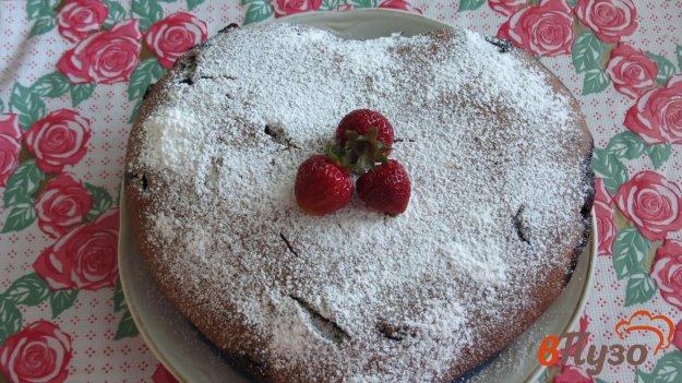 фото рецепта: Шоколадный манник с ягодами