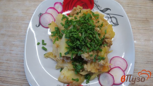 фото рецепта: Тушеная капуста с картошкой и кабачком
