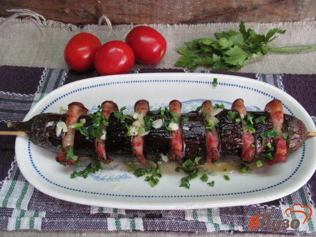 фото рецепта: Баклажан с беконом в духовке