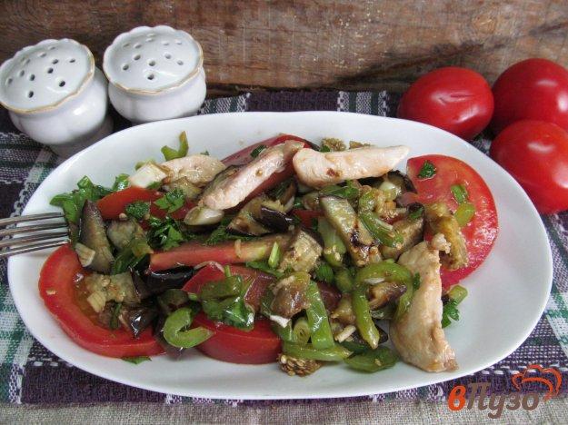 фото рецепта: Салат из баклажана и курицы