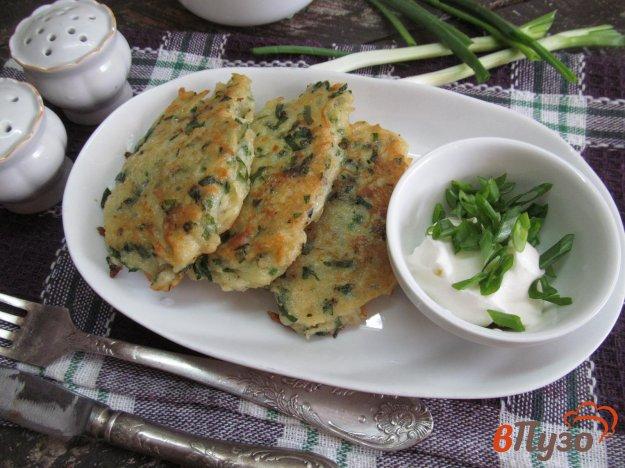 фото рецепта: Картофельные оладьи со сметаной