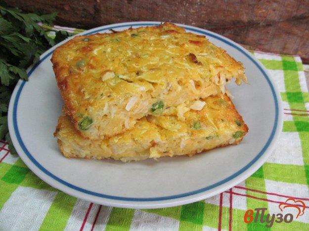 фото рецепта: Капустный пирог с горошком и сыром