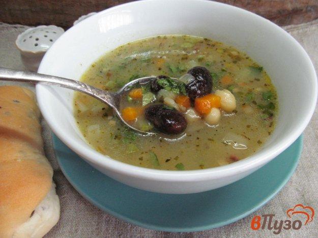 фото рецепта: Фасолевый суп с кабачком на беконе