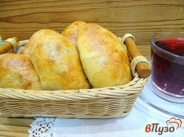 фото рецепта: Пирожки с куриными желудками и картофелем